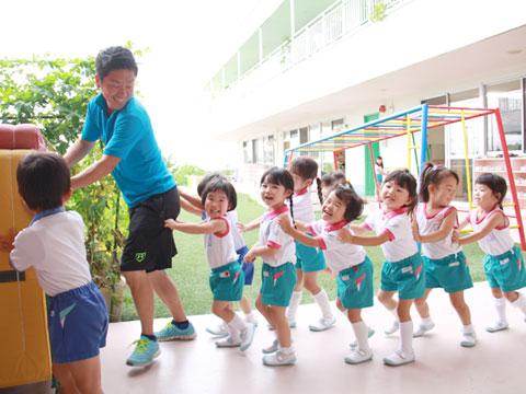 学校法人清和学園 認定こども園 彩都敬愛幼稚園 園長先生・採用担当からのメッセージ
