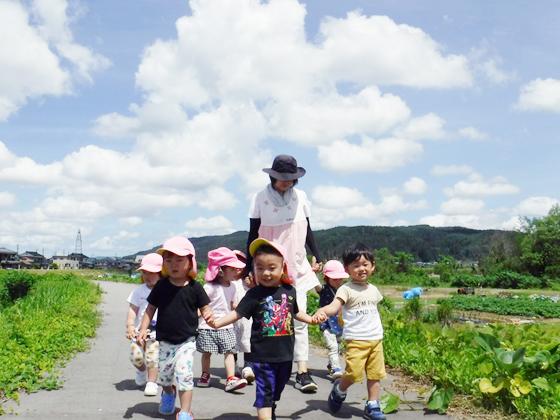 社会福祉法人しただ 恵まれた自然の中で子どもも先生にも笑顔があふれます