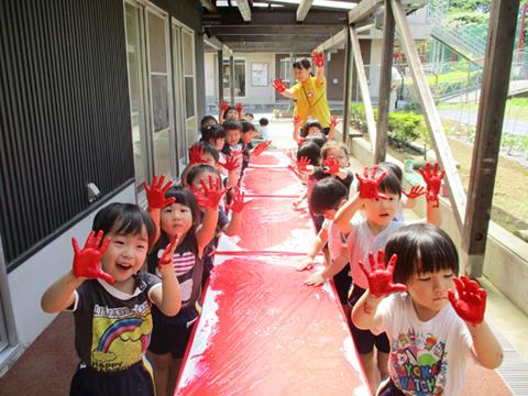 認定こども園ムロノキッズ室の木幼稚園・プリスクール室の木 園長先生・採用担当からのメッセージ